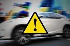 続発する交通事故…高齢ドライバーに規制は必要か?