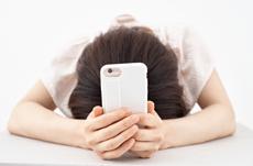 5割が感じる「SNS疲れ」最も疲れるのは…