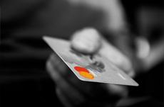 クレジットカードの不正利用で最も多い被害とは?