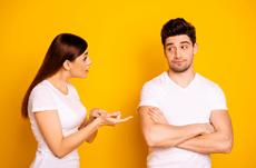 男性に嫌われる「めんどくさい女性」の特徴