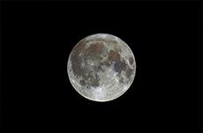 「月の土地」はなぜ売れるのか?