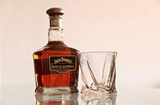 世界で最も「度数」の高いお酒とは?