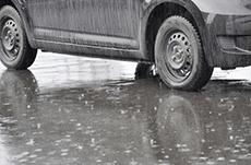 車が水没した時の脱出方法