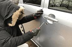 車に「買取」の張り紙は盗難の危険!
