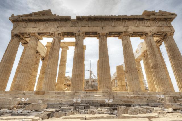 なぜ西洋文明の起源はギリシアにあったとされているのか
