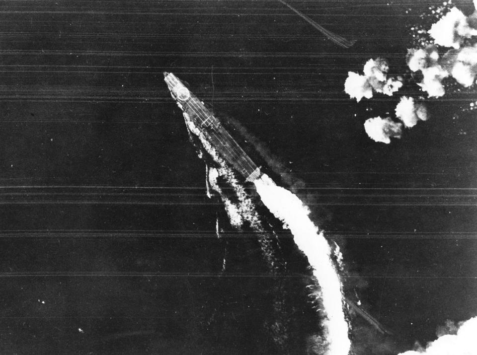 なぜミッドウェー海戦以降、日本軍は連戦連敗となったのか