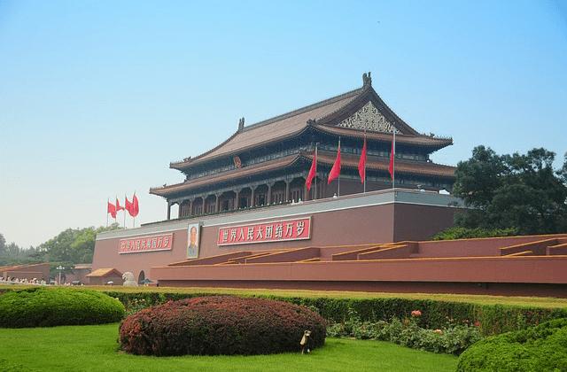 天安門事件から30年、なぜ中国は体制崩壊を免れ…