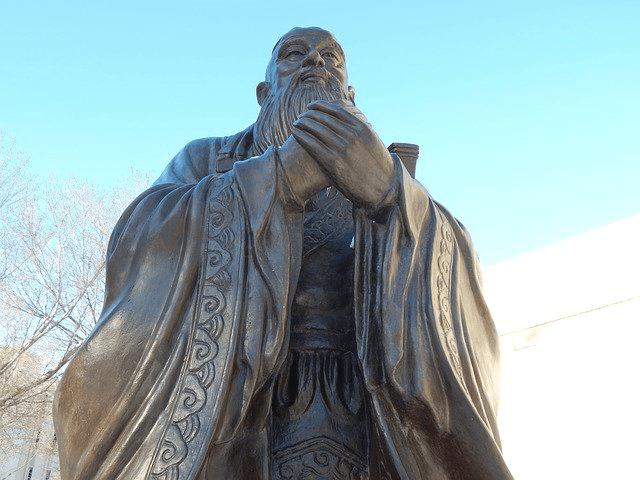 中国儒教では忠と孝のうち孝のほうが大事