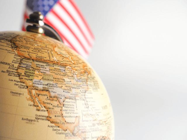 歴代大統領の外交方針とは異なるトランプ的取引…